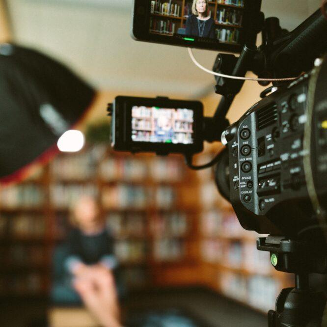 Skilj på sak och person – om att orientera sig i medieklimatet